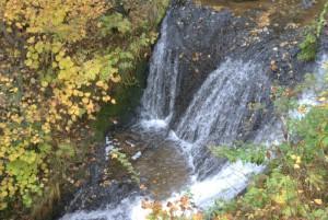 豊平峡ダム手前の滝