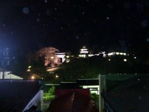 部屋から見える松前城