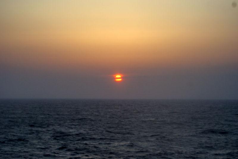フェリー らいらっくから見る夕日